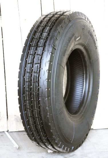 High Quality TBR Tyre Radial Light Truck Tyre with 750r16