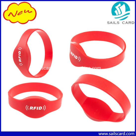 13.56MHz Mfare 1k S50 Silicone RFID Wristband pictures & photos
