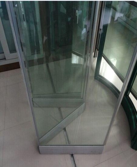 China Exterior Frameless Steel Glass Folding Doorbifold Door
