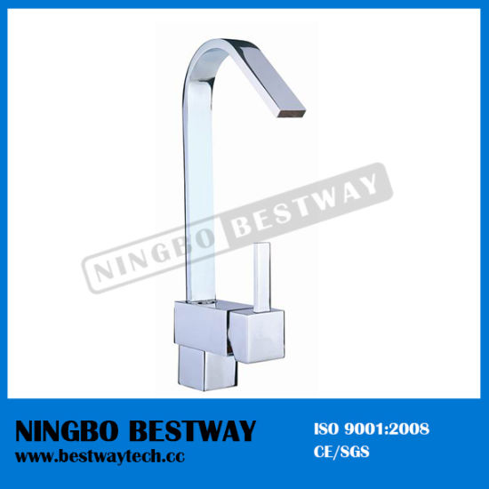 High Quality Brass Kitchen Faucet (BW-1106) pictures & photos