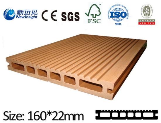 Green Fashion Whole-Sale Wood Plastic Composite Hollow Flooring