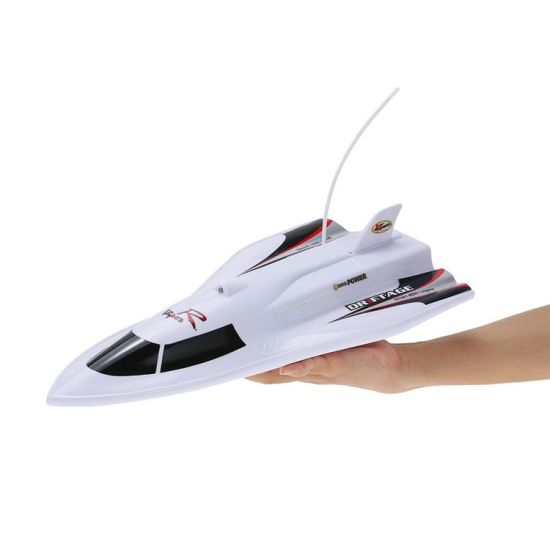 5933362-27MHz 3CH RC Flying Fish 7.2V High Powered High Speed RC Boat pictures & photos