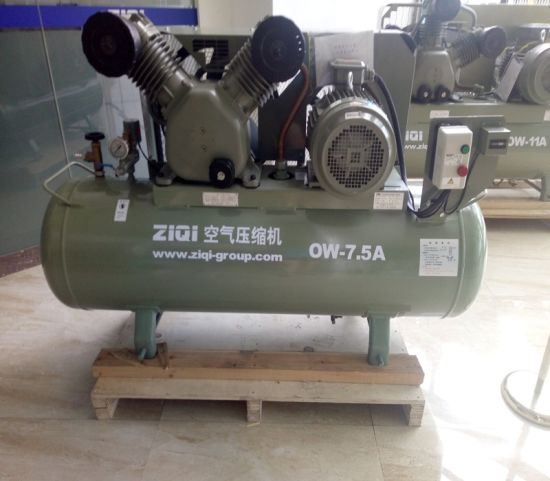 Piston Air Compressor Manufacturer 900L pictures & photos
