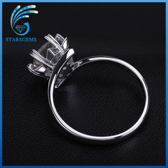 Simple Style Round Brilliant Cut Loose Moissanite 925 Silver Rings pictures & photos