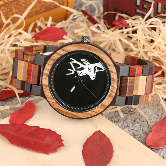 Factory Wholesale New Men's Watch Wooden Watch Classic Deer Head Color Fashion Leisure Watch