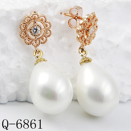 Wholesale 925 Sterling Silver or Brass Jewelry Pearl Earrings for Girls pictures & photos