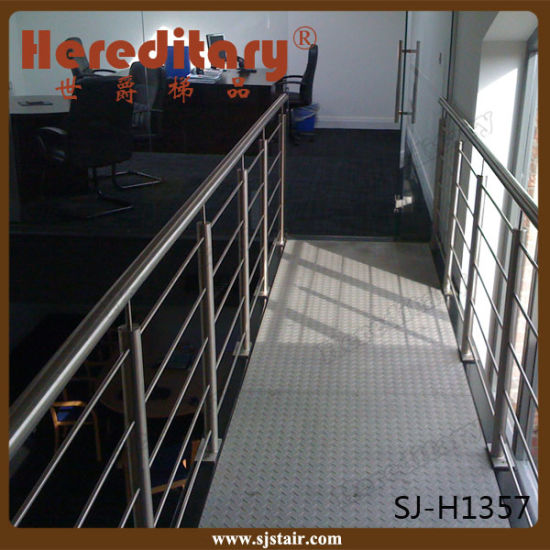 304 Stainless Steel Cable Railing Balcony Grill Designs (SJ-H075) pictures & photos