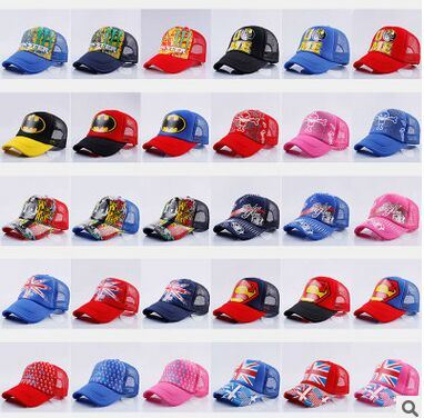 Customized Trucker Cap in Various Design and Size pictures & photos