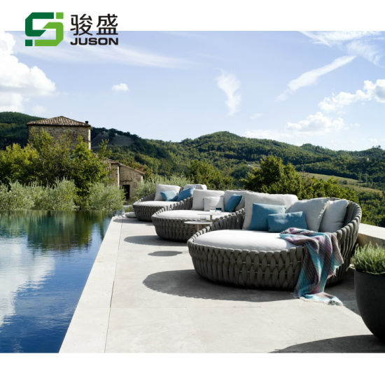 Modern Beach Bed Outdoor Furniture Patio Rattan Leisure Chair Wicker Sofa Bed Garden Daybed Lounge