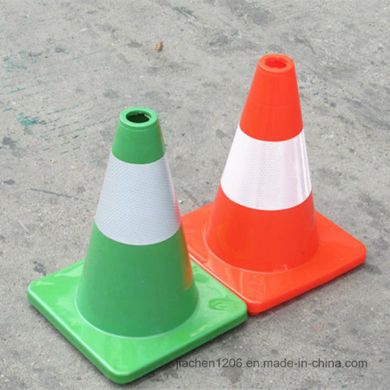 Favorable Price Superior Quality 300mm Used PVC Traffic Cones pictures & photos