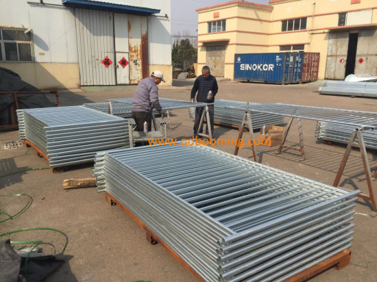 1200mm X 2400mm Flat Top Galvanized Temporary Pool Fencing