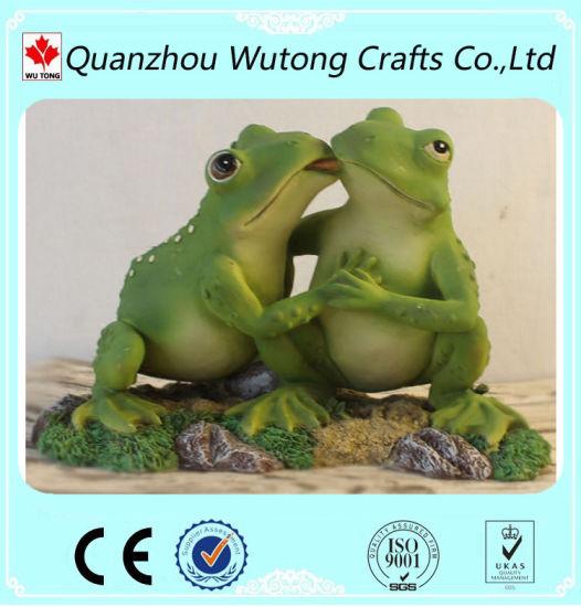 Hot Sale Garden Decoration Resin Animal Frog Figurines