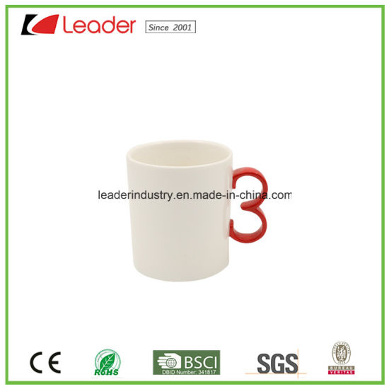 White Ceramic Coffee Cup pictures & photos
