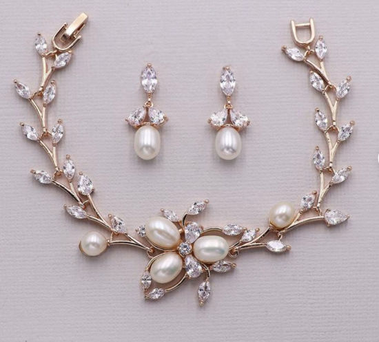China Freshwater Pearl And Cz Bridal Statement Bracelet Wedding