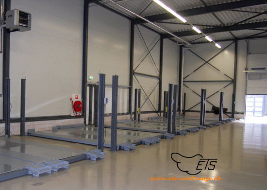 Four Post Car Lift for Sale with Ce Certification