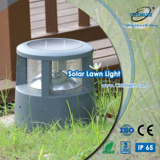 Outdooe LED Decorative Solar Top Light for Home Gate and Entrance