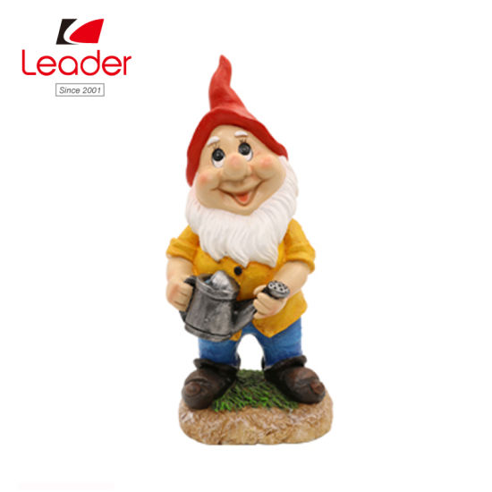 Polyresin Garden Gnome with Watering Can for Home Decor pictures & photos