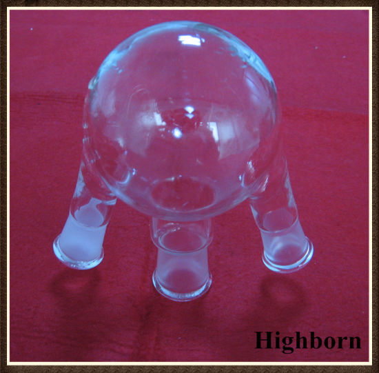Transparent Quartz Glass or Borosilicate Glass Flask with Three Necks pictures & photos