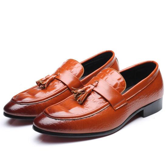 1f9e70a085e77 China Men′s Shoes Large Size Men′s Crocodile Pattern Handmade Peas ...