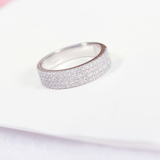 Fashion Jewelry Personalized Stripe 925 Sterling Silver Diamond Jewellery Luxury Ring pictures & photos