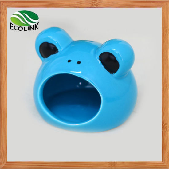Cute Frog Shape Pet Small Animals Hamsters Ceramics Nest pictures & photos