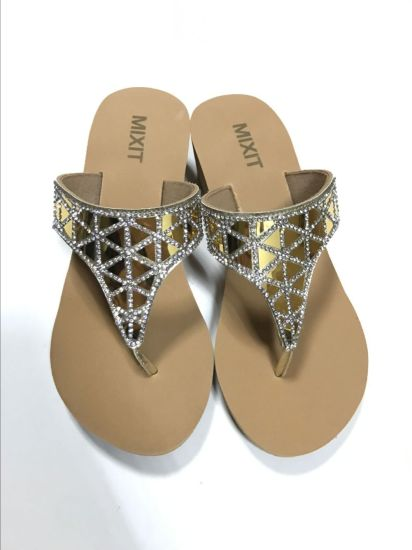 5ba019ffc735 Fashion Design Summer Style Ladies Flat Sandals Bohemian Sandals Shoes  Women. Get Latest Price
