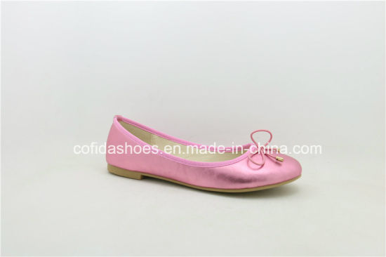 New Europe Popular Flat Comfort Fashion Lady Shoe pictures & photos