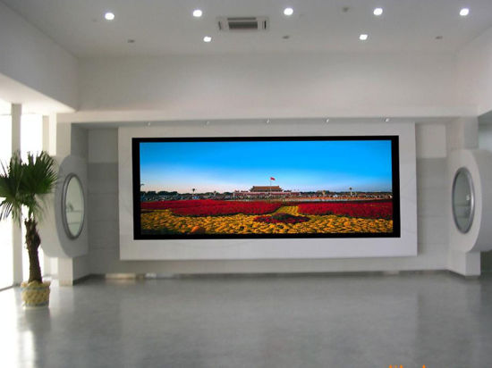 China P3 SMD2121 Indoor Full Color LED Display TV Screens