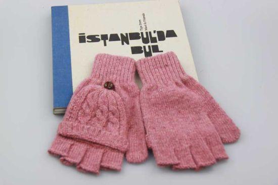 China Pink Color Half Finger Gloves Girls Wool Knitted Gloves