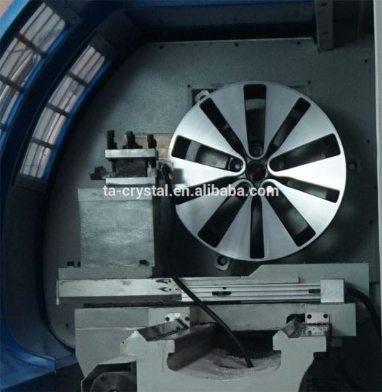 Horizontal CNC Alloy Wheel Repair Lathe Machine (CK6177) pictures & photos
