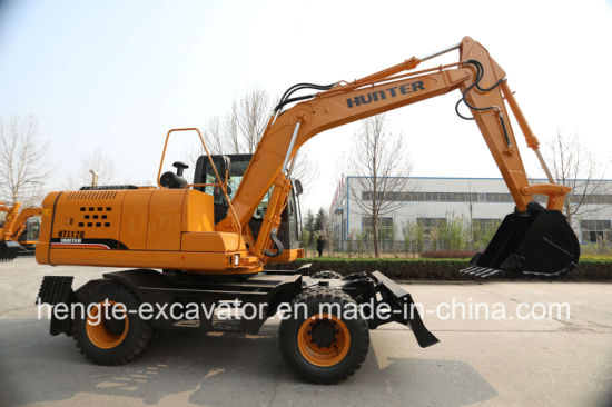 Wheel Excavator with Kawasaki Hydraulic System Htl120 pictures & photos