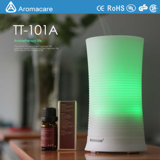 Aromacare Colorful LED 100ml Korean Air Humidifier (TT-101A) pictures & photos