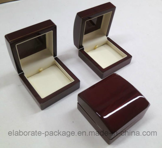 Customized Logo Printing Wood Pendant Box pictures & photos