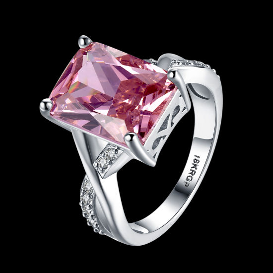 Wedding Ring for Women Platinum Pink Square Zircon Ring pictures & photos