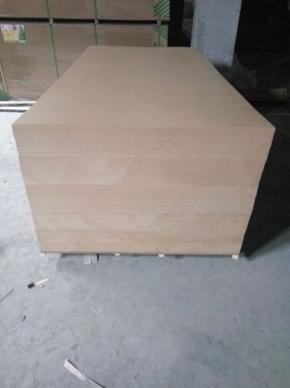 Factory-MDF and Melamine Paper Veneered MDF in Thickness 9mm 12mm 15mm 18mm pictures & photos