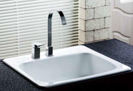 China Above Counter Single Bowl Cast Iron Kitchen Sink China Sink