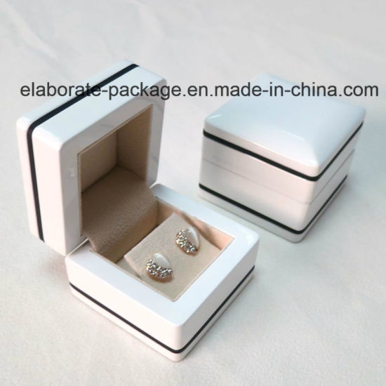 Fashion New Design High Quality Wood Jewelry Box Set pictures & photos