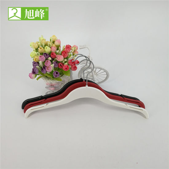 1081 Flat Design Reasonable Price PP Hanger Clothes pictures & photos