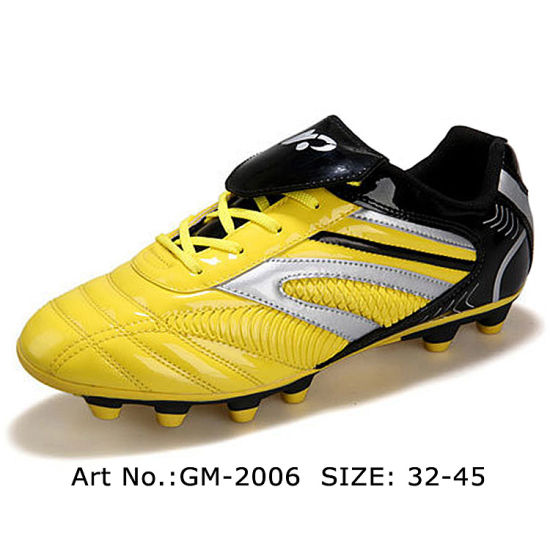 New Design Indoor Soccer Shoes with TPU Sole for Men