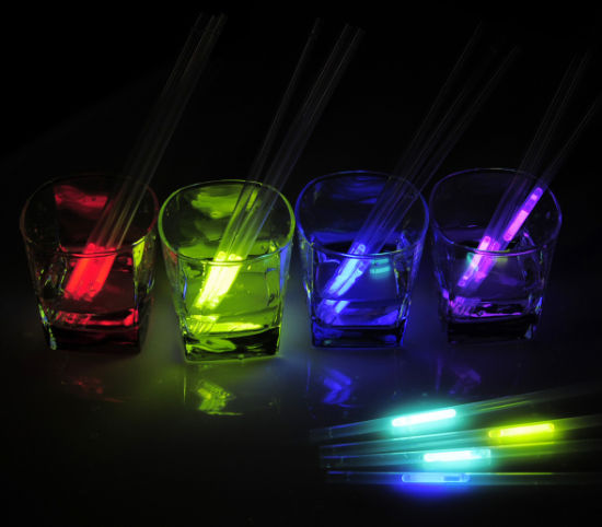 The Party Must Glow Straws (XGT7210) pictures & photos