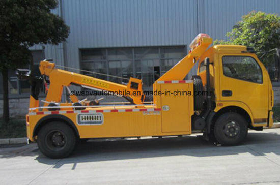 Dongfeng LHD Rhd 6t Wreck Towing Truck for Sale pictures & photos