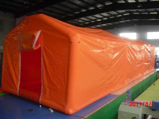 Fwulong New Design Inflatable Tent pictures & photos