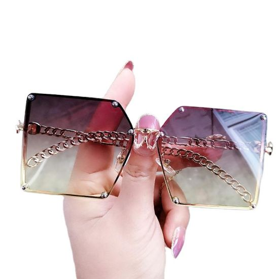 Metal Oversized Square Sunglasses UV400 for Women