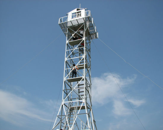 Hot DIP Galvanized Steel Monitor Communication Tower pictures & photos