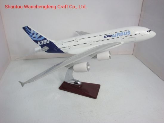 Airbus A380 Scale Model Plane 1/200 Airplane Model pictures & photos