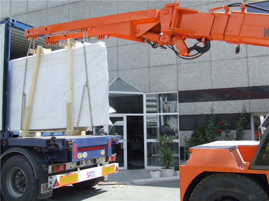 High Quality 12tons Mini Mobile Crane with Ce pictures & photos