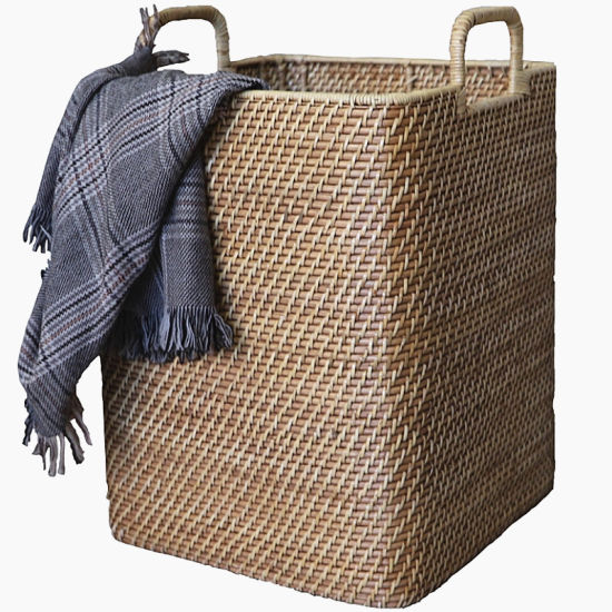 Oversize Laundry Basket Rattan-Weaved with Handle Wicker Willow Storage Basket pictures & photos