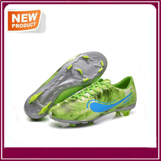 Four Colors Outdoor Soccer Shoes Football Boots pictures & photos