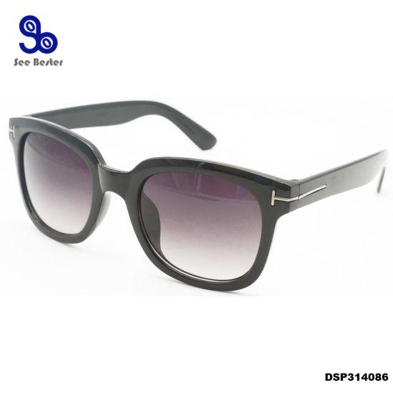 4bca489e5d Fashion Women Oversized Sun Glasses Brand Designer Black Gradient Shades  2018 Metal-Mounted Sunglasses