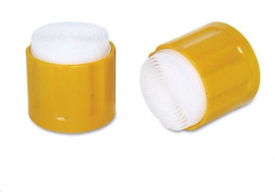 Plastic Cap with Brush for Foam Cleaning Cover with Car Cleaning pictures & photos